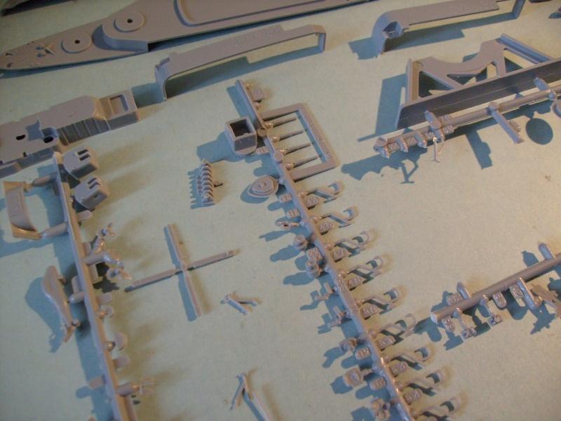 [AIRFIX] Destroyer lance-missile HMS DEVONSHIRE 1/600ème Réf 03202 S7301107