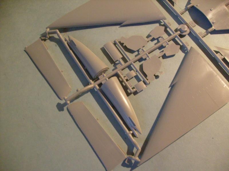 Multi-présentations ESCI/ITALERI quelques  MIRAGE III, F1 et KFIR au 48ème S7301627