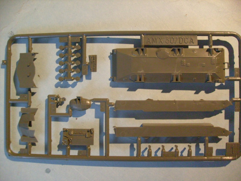 Amx 13 et 30 DCA au 72 eme S7302141