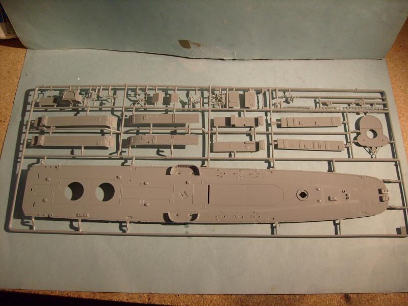 [REVELL] Destroyer DD 445 USS FLETCHER 1/144ème Réf 05091 S7304228