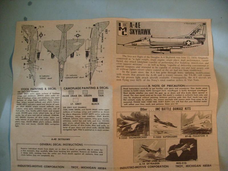 Multi-présentations IMC REPUBLIC F 105 D THUNDERCHIEF et DOUGLAS  A4 E SKYHAWK 1/72ème Réf 483 100 et 485 100 S7308430