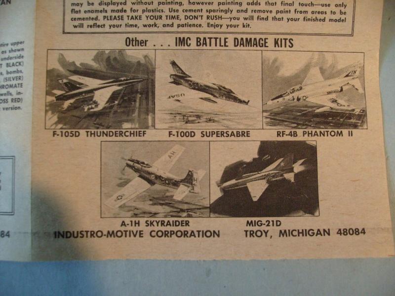 Multi-présentations IMC REPUBLIC F 105 D THUNDERCHIEF et DOUGLAS  A4 E SKYHAWK 1/72ème Réf 483 100 et 485 100 S7308431