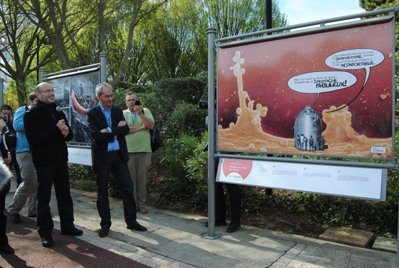 Science/Fiction : Voyage au coeur du vivant (expo photo) - 2011 Dsc_0825