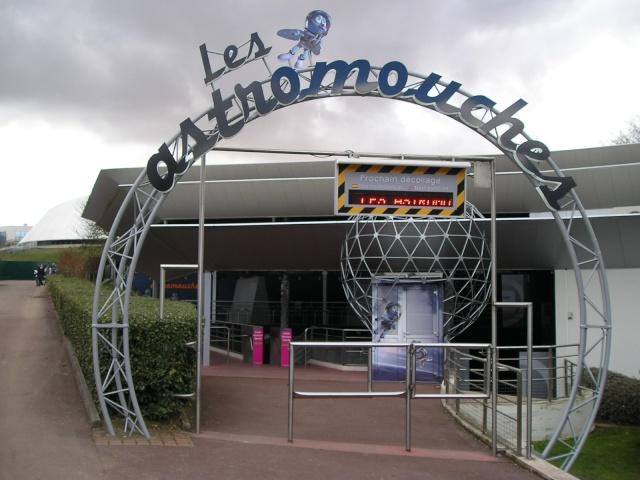 Les Astromouches (Imax 3D) - 2009 - Page 5 P2073116