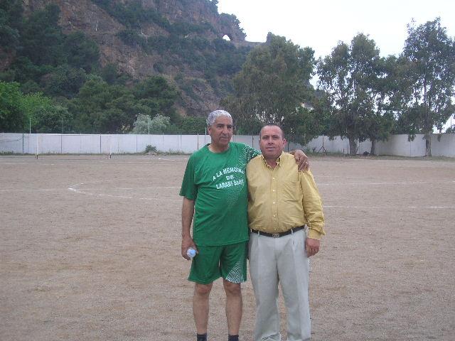 Match Gala à la mémoire de Larabi Sadek (ex-joueur CRBAokas) P1010118