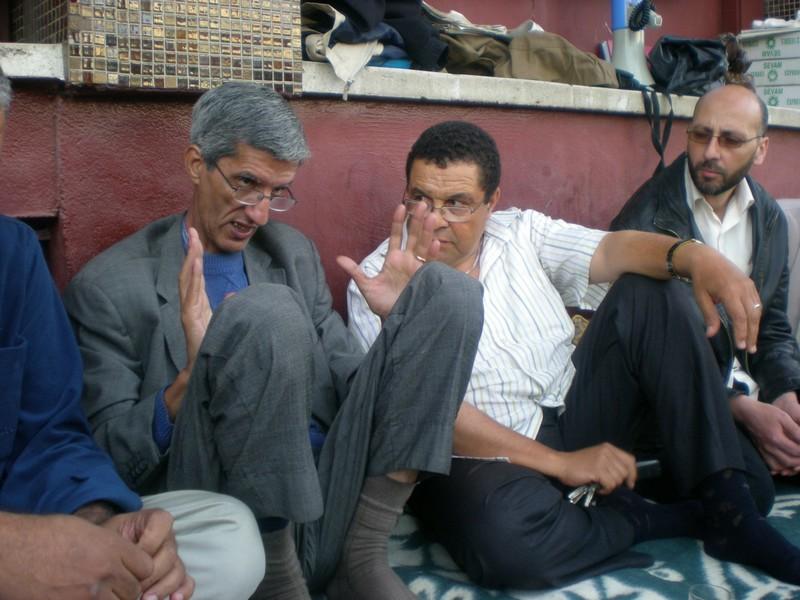 Visite de solidarité du CNRS au sit-in de l'ONEP à Rabat Dscn2413