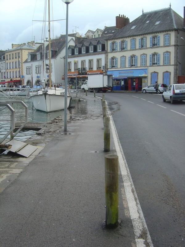 [Vie  des ports] LE PORT D'AUDIERNE - Page 3 Dsc01314