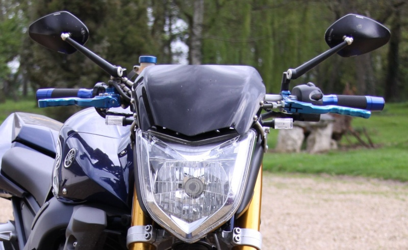 Motos / 125 / gros cube / sportives / cross / supermotard / etc... - Page 3 Rizoma11