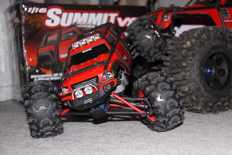 Mon nouveau jouet - Page 2 Summit15