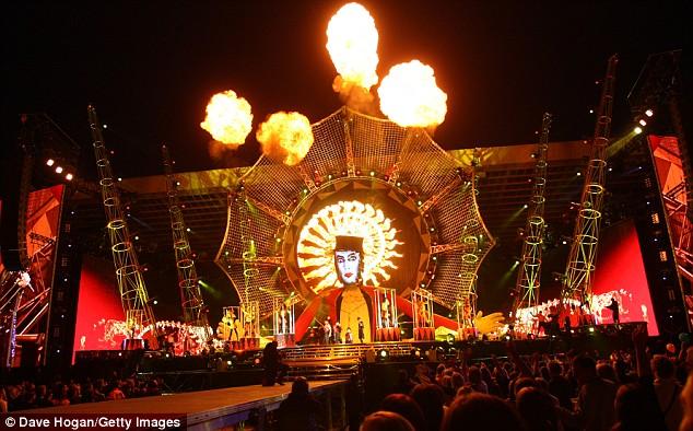 """Photos de """"The Circus Live""""2009 Tct1110"""