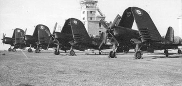 [Les anciens avions de l'aéro] F4 U7 Corsair - Page 2 6_g1011