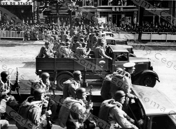 [BJF77] P32 1935 ex-gendarmerie - Page 6 1940-p10