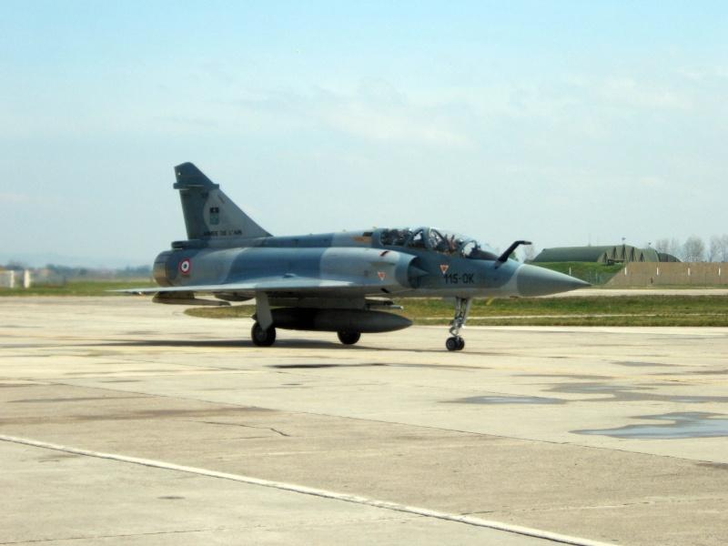 vos photos de Dassault Mirage 2000 - Page 2 Dscf4010