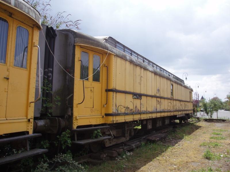La gare à l'oreille coupée P1010127