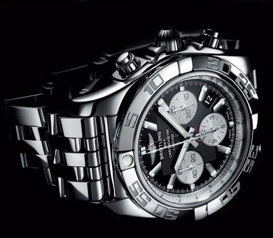 Breitling Chronomat B01 B0110
