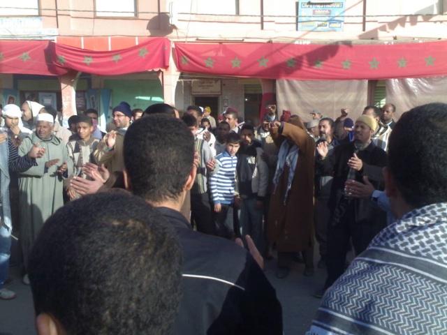 صور و فيديو للمسيرة التي نظمتها ساكنة مدينة الريصاني تضامنا مع أهل غزة 29122014