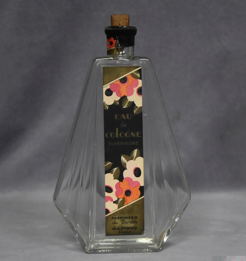 Flacon Eau de Cologne Parfumerie du Jardin de la France Paris Dsc_0074