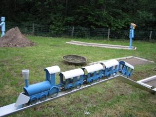 1er  pas a pas locomotive d'andréa - Page 10 Img_2414