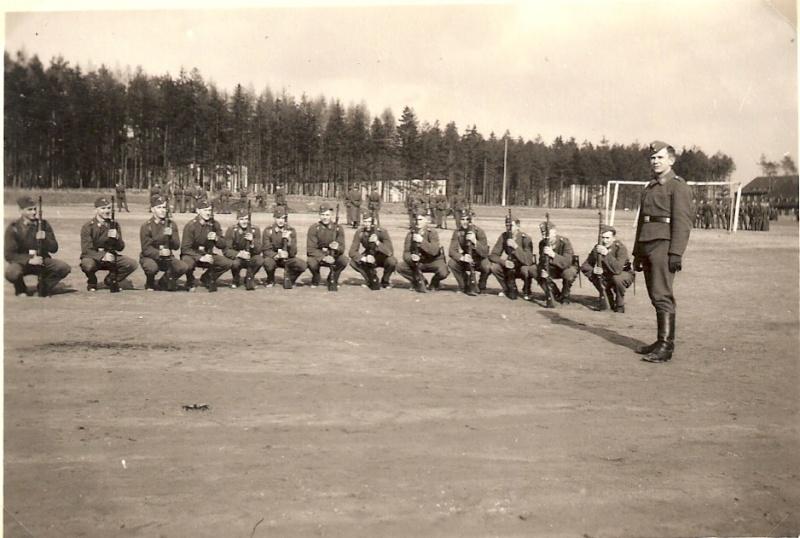 L'insolite de la 2eme GM - Page 6 Stuka-17