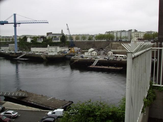 [Les ports militaires de métropole] Port de Brest - TOME 1 Imgp0856