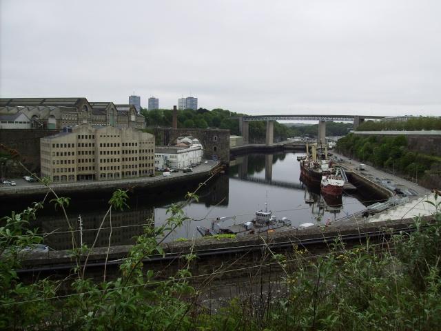[Les ports militaires de métropole] Port de Brest - TOME 1 Imgp0864
