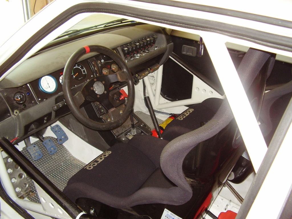 R11 Turbo phase 2 Rallye 3 portes - Page 2 P4270010