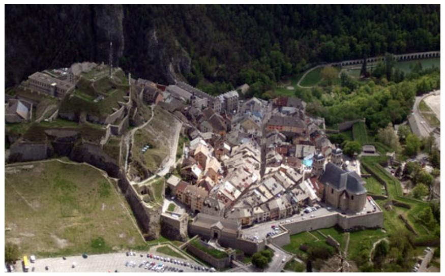 La Route des Grandes Alpes - Page 16 Sans_573