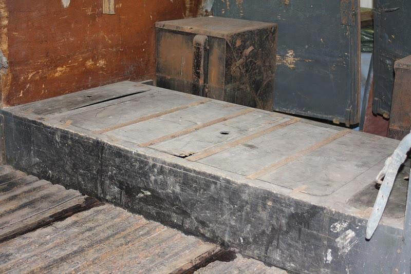 Les BATTERIES DININ : anciennes photos d'usine Photo_23