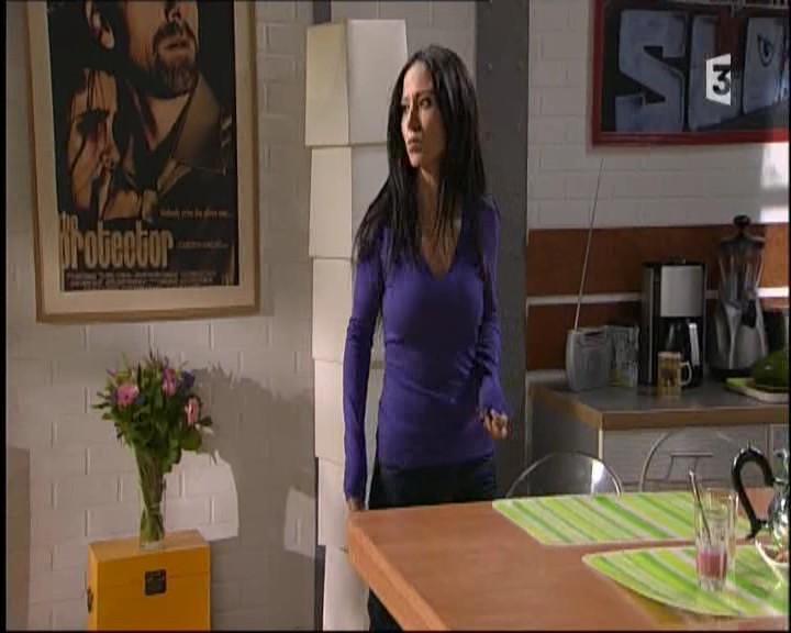 Episode du Lundi 07 Mars 2011 - Page 2 20113310