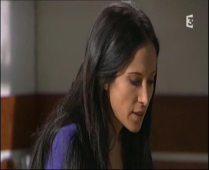 Episode du Lundi 07 Mars 2011 - Page 2 20113340