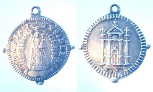 Médaille Notre Dame d'Einsiedeln - Suisse (2) - XVIIème Madail10