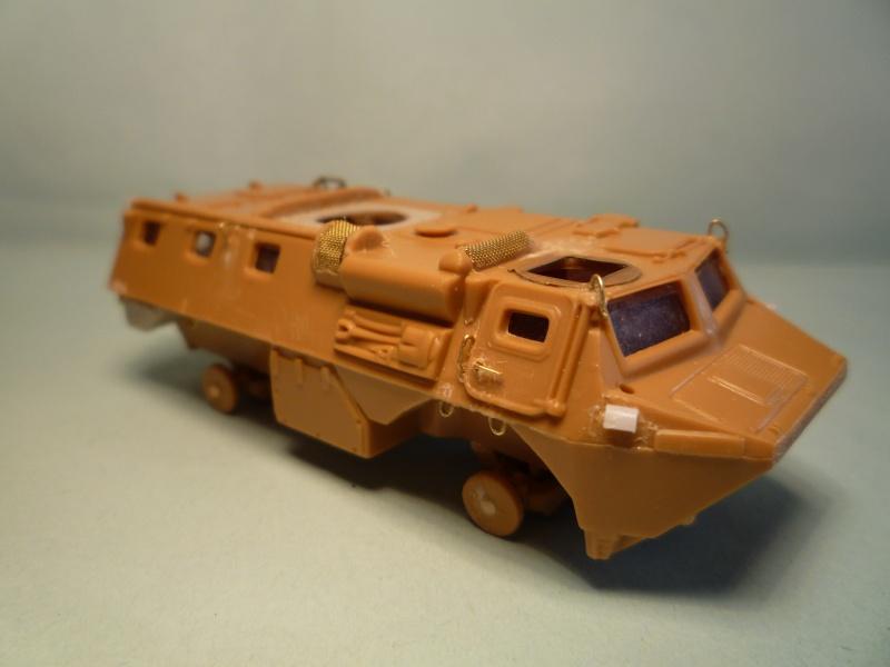 VAB Heller 1/72 + conversion TC20 Azimut P1070614
