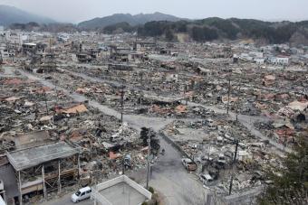 Catástrofe nuclear en Japón - Página 2 Ruinas11