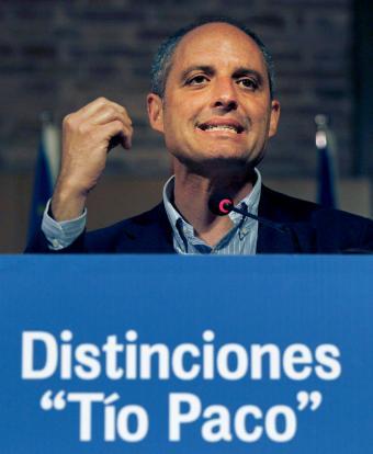 Eduardo Zaplana, un sinvergüenza propio de una casta política podrida - Página 3 Tio_pa10
