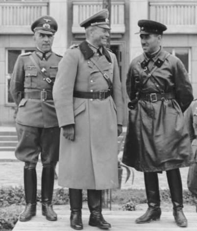 Jonction entre Allemands et Russes en 1939 Lors-d11