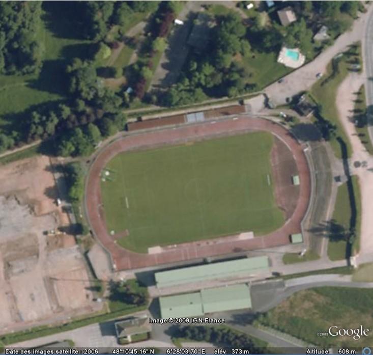 Stades de football dans Google Earth - Page 17 Colomb10
