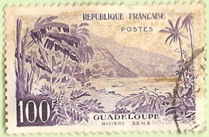 La France par ses timbres sous Google Earth - Page 16 Guadel11