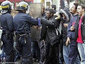 Hay que poner fin a los abusos policiales A1ba5010