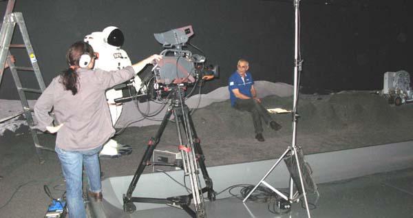 France 3 Sud : émission en direct de la Cité de l'Espace (09/06/2009) 0810