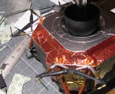 Recherche maquette module lunaire 1/48eme montée - Page 2 10312
