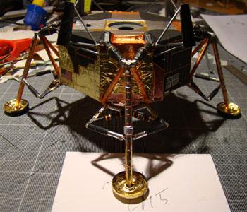 Recherche maquette module lunaire 1/48eme montée - Page 2 10510