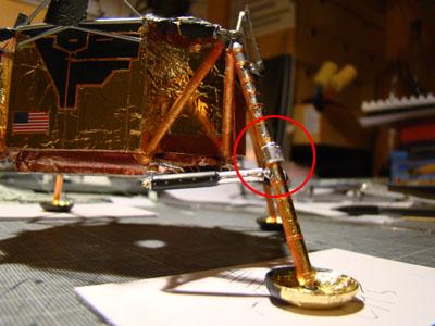 Recherche maquette module lunaire 1/48eme montée - Page 2 10611
