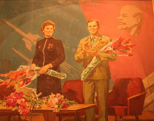 50 ème anniversaire Vol Gagarine - Page 2 10863010