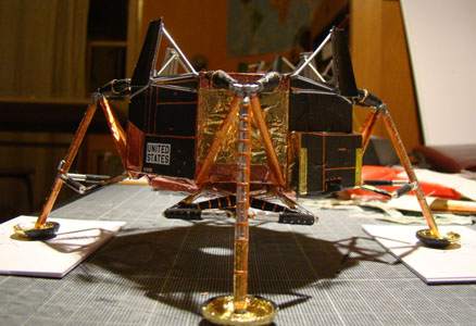 Recherche maquette module lunaire 1/48eme montée - Page 2 11110