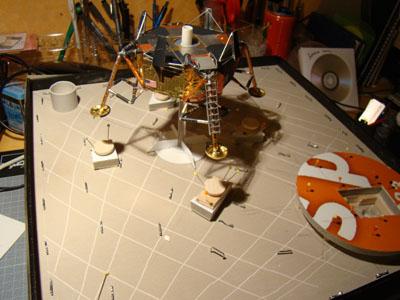 Recherche maquette module lunaire 1/48eme montée - Page 3 20411
