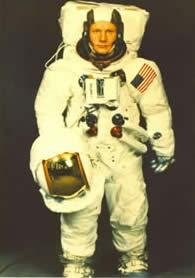 REVELL 1/8 Apollo Astronaut on the Moon Apollo10