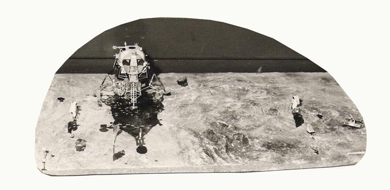 REVELL 1/8 Apollo Astronaut on the Moon Apollo12