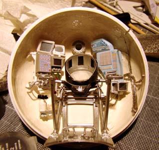 Module lunaire soviétique LK – Maquette 1/24ème - Page 6 Dsc00314