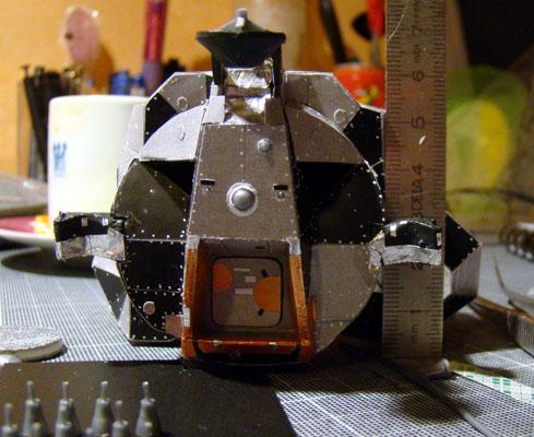 Recherche maquette module lunaire 1/48eme montée Dsc07410