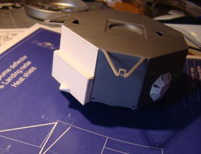 Recherche maquette module lunaire 1/48eme montée - Page 2 Dsc07414